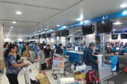Tăng máy check-in tự động, giảm tải khu vực làm thủ tục ở Tân Sơn Nhất