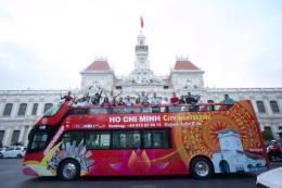 Tham quan Thành phố Hồ Chí Minh bằng xe buýt 2 tầng mui trần
