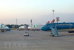 """Thị trường hàng không """"nội"""" nhìn từ cuộc rút lui của ông lớn Vingroup"""