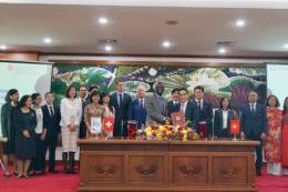 Ký Hiệp định viện trợ cho dự án phát triển giao thông xanh
