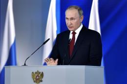 Tổng thống Putin yêu cầu tăng tốc giải pháp nhiệm vụ quốc gia quan trọng