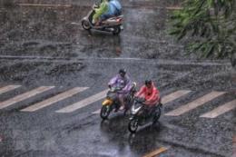 Mưa phùn và rét đậm bao chùm Bắc Bộ trong ngày 27 Tết