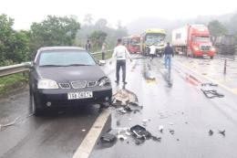 Tai nạn trên cao tốc Nội Bài - Lào Cai: Hai người bị thương