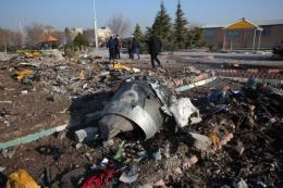 Vụ máy bay Ukraine rơi tại Iran: Ukraine sẽ yêu cầu Iran chuyển giao hộp đen