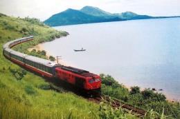 Đường sắt tiếp tục nối thêm toa, tăng tàu phục vụ cao điểm Tết