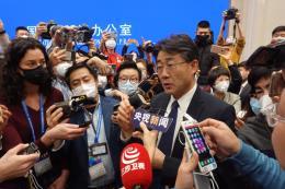 Trung Quốc: Nhiều địa phương bắt buộc người dân đeo khẩu trang phòng virus corona