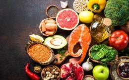 Indonesia nhập khẩu có chọn lọc thực phẩm và đồ uống