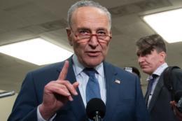 Mỹ: Phe Dân chủ đề nghị chi 8,5 tỷ USD để ứng phó với dịch COVID-19