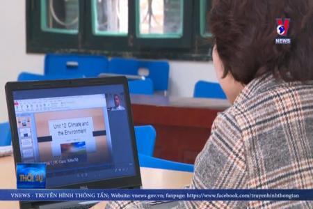 Học online có được thu phí