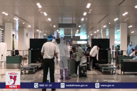Sử dụng test nhanh COVID-19 đảm bảo an toàn tại sân bay